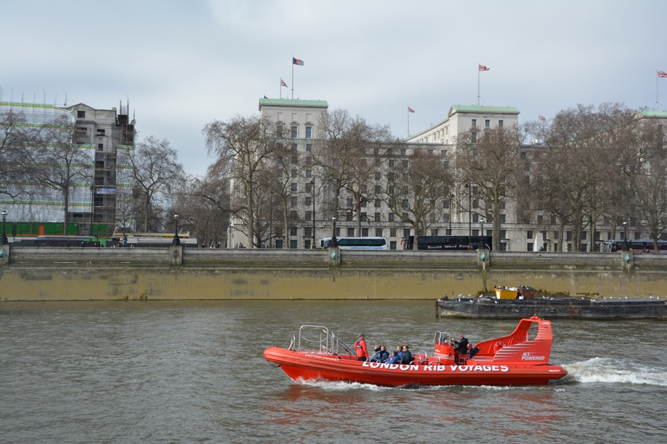 Londres 3 - 13