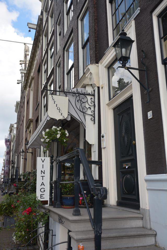 Amsterdam J1 - 15