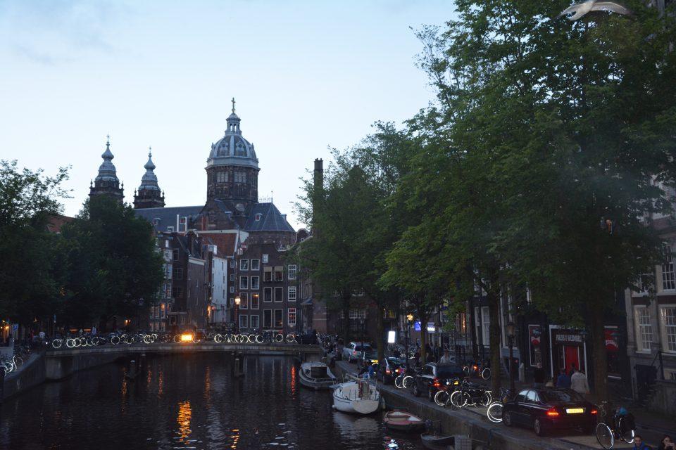 Amsterdam J2 - 13