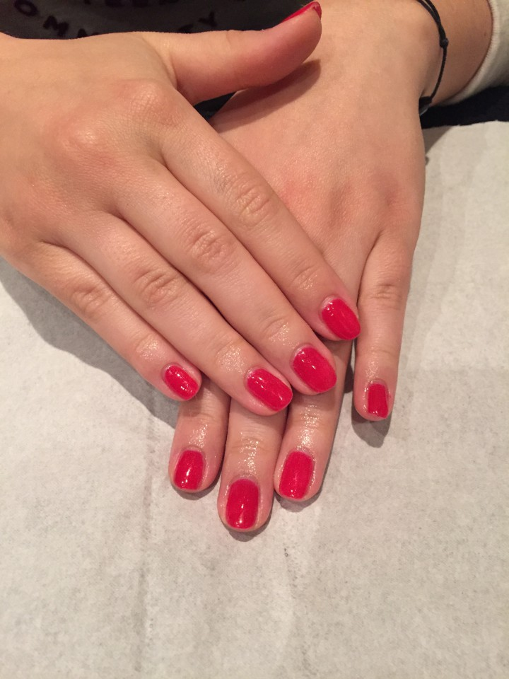 Manucure Shellac Nails.