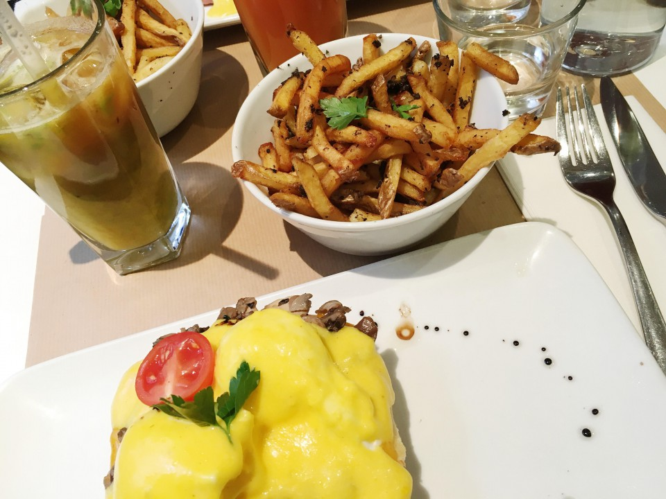 Brunch chez Benedict Paris.
