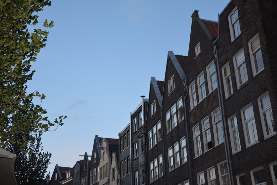 Amsterdam J2 - 12