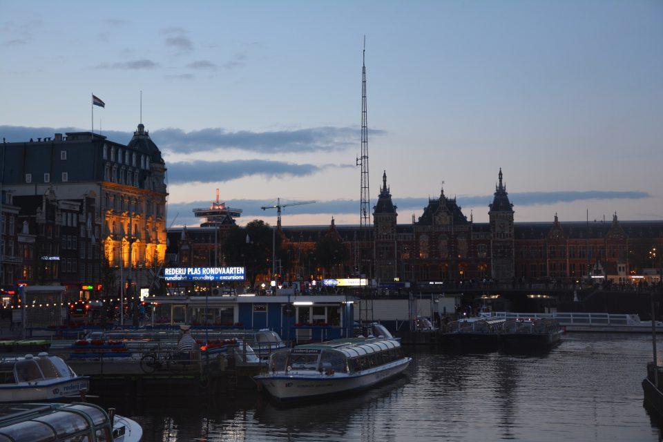 Amsterdam J2 - 14