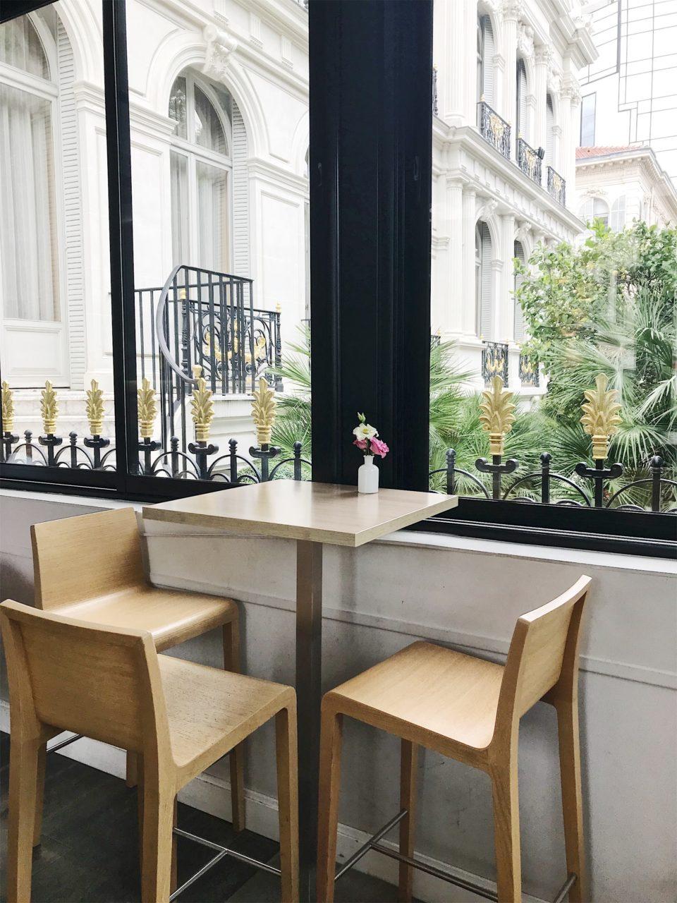 Table du salon de thé Volupté Anytime - Nice.