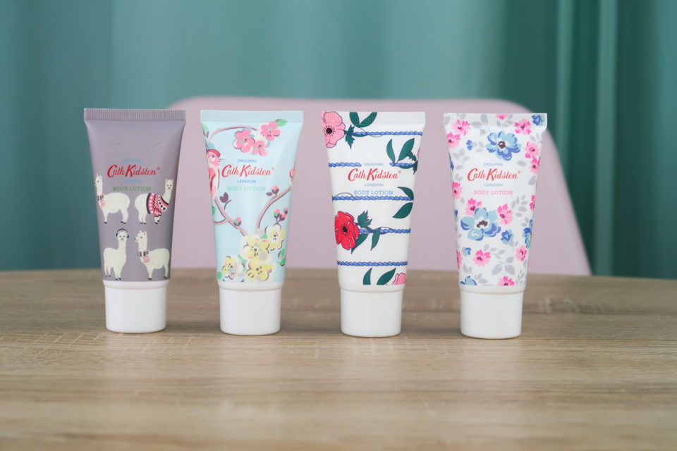 Laits corporels Alpacas, Blossom Birds Apple Blossom and Elderflower, Posy Bunch et Wild Rose & Quince présents dans le calendrier de l'avent Cath Kidston 2018.