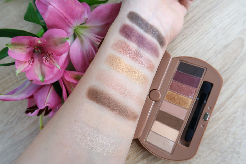 Swatches de la Palette EYE CATCHING, BOURJOIS.