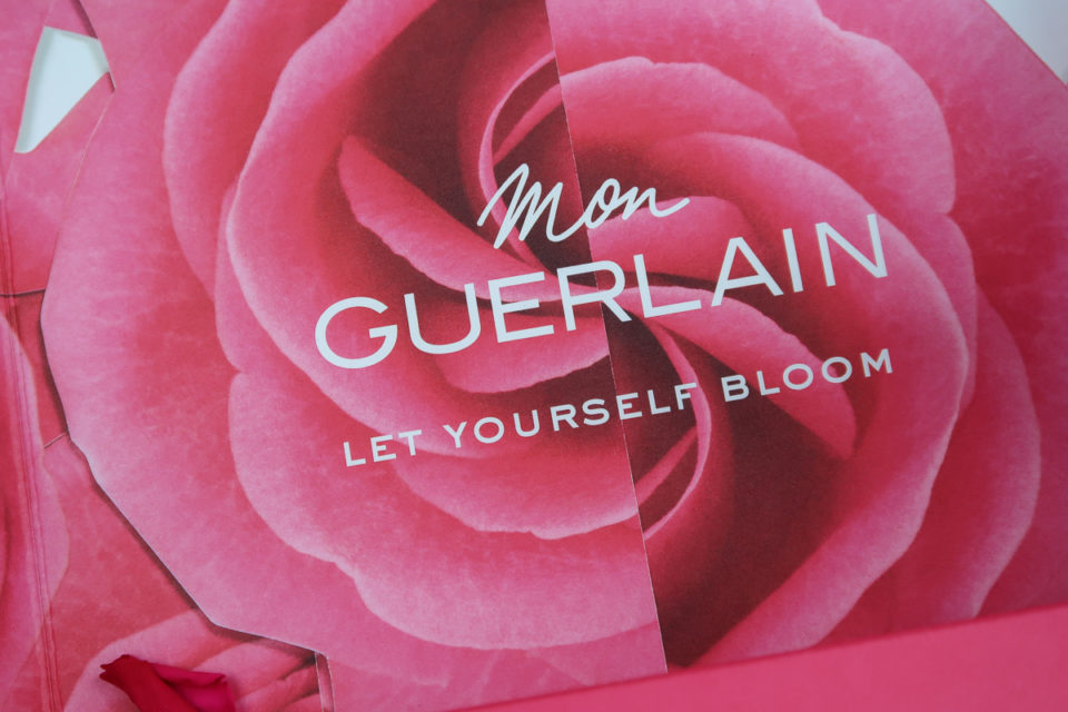Boîte Mon GUERLAIN Let Yourself Bloom.
